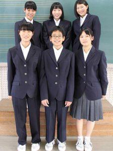 市立中学校の演劇部員6人